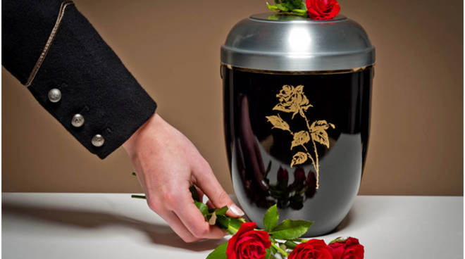 come avviene la cremazione
